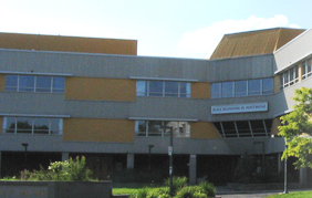 Photo: École Mont-Bruno (http://dumontbruno.csp.qc.ca/)