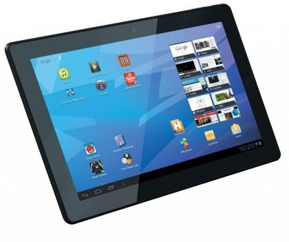 Des élèves ont reçu en cadeau des tablettes électroniques.