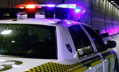 Les policiers ont les conducteurs aux capacités affaiblies à l'oeil.