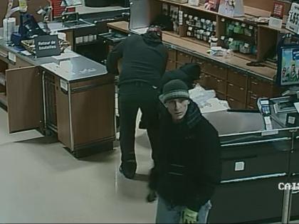 Suspects recherchés pour vol dans un supermarché de Longueuil.